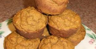 Pumpkin Spice Muffins: Refined Sugar Free