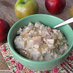 Crock Pot Apple Oatmeal: [No Sugar Added]