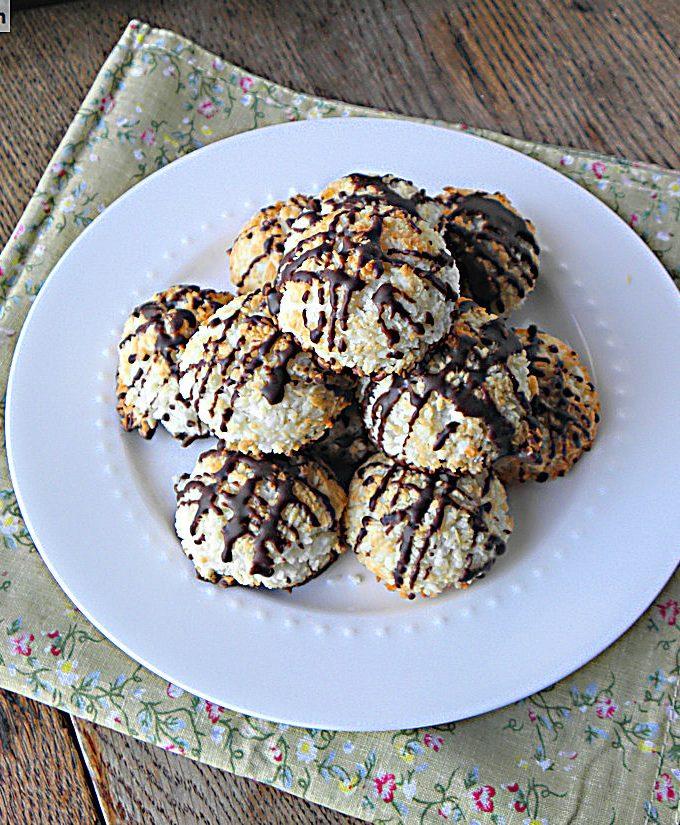 Coconut Macaroons {Gluten, Sugar & Dairy Free}