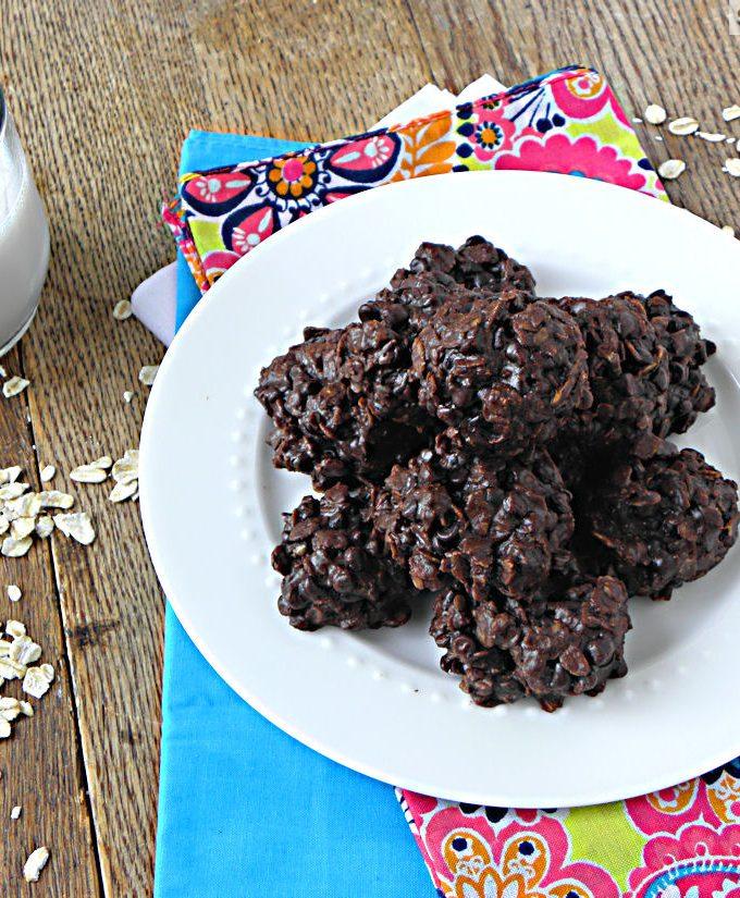 Fudgey Flourless Chocolate Oatmeal Cookies {Dairy & Gluten Free}