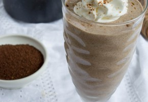 coffee cake protein smoothie1 (1 of 1)
