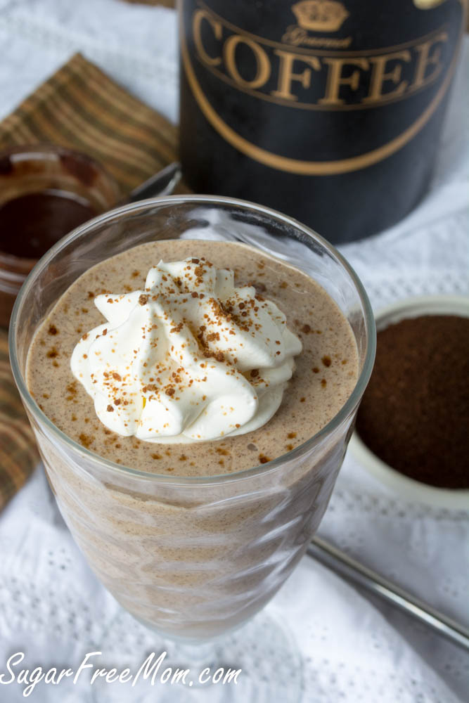 coffee cake protein smoothie2 (1 of 1)
