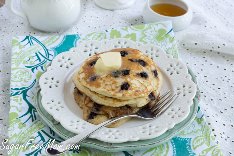 wild blueberry pancakes1 (1 of 1)