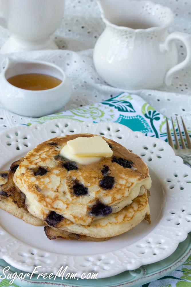 wild blueberry pancakes2 (1 of 1)