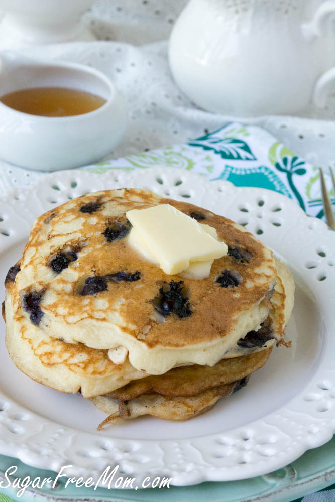 wild blueberry pancakes3 (1 of 1)