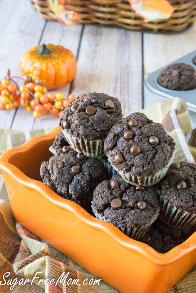 mini chocolate pumpkin cupcakes1 (1 of 1)