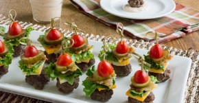 mini burgers on stick5 (1 of 1)