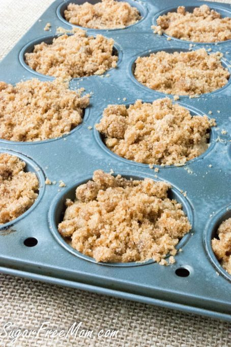 apple crumb muffins6 (1 of 1)