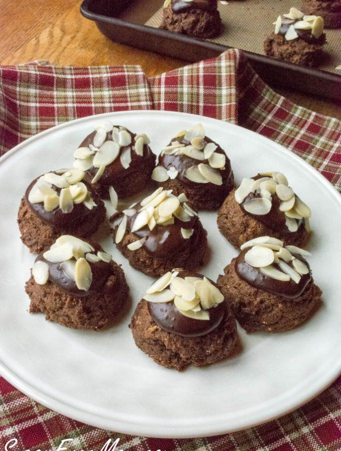 Flourless Sugar-Free Chocolate Almond Fudge Cookies