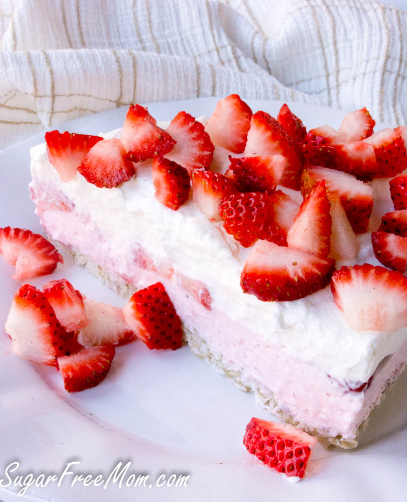 strawberry mousse pie4 (1 of 1)