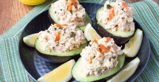Low Carb Buffalo Chicken Salad Stuffed Avocado