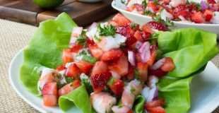 Low Carb Strawberry Salsa Shrimp Lettuce Wraps