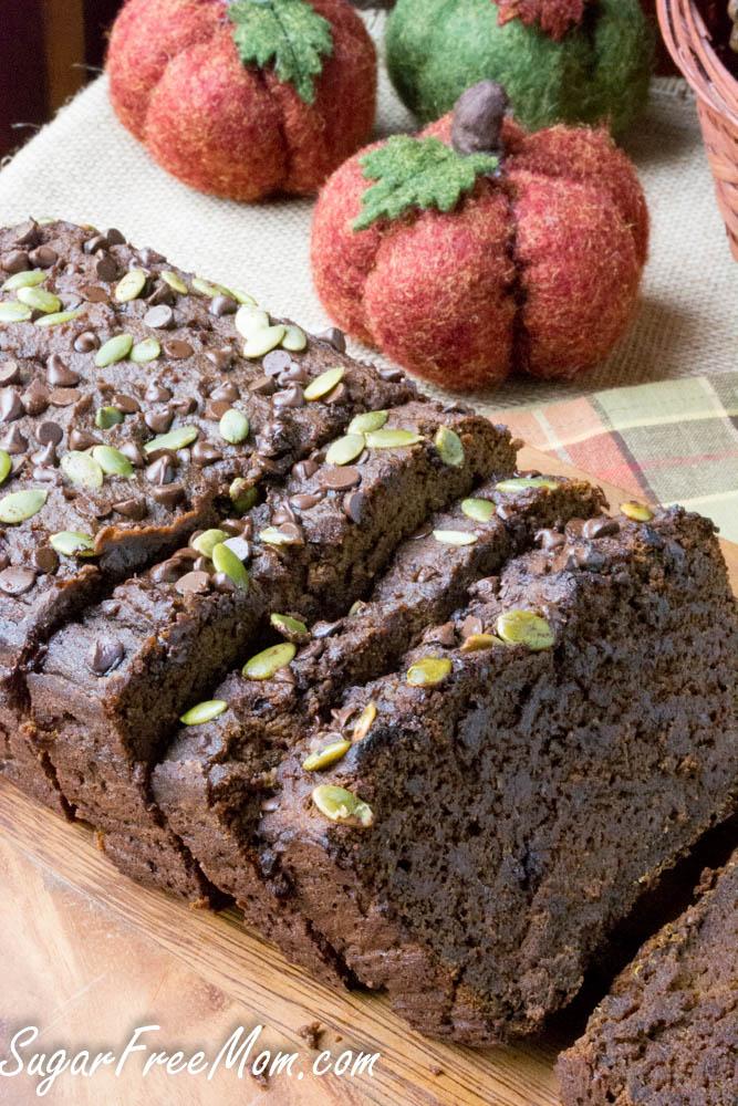 low carb chocolate-pumpkin-bread