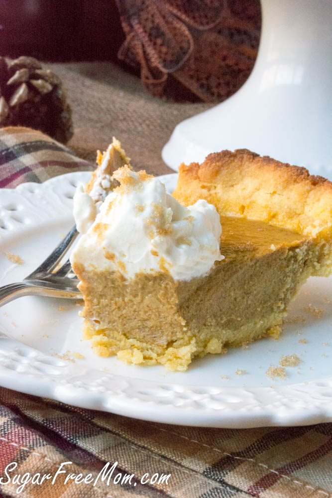 grain-free-pumpkin-pie-6