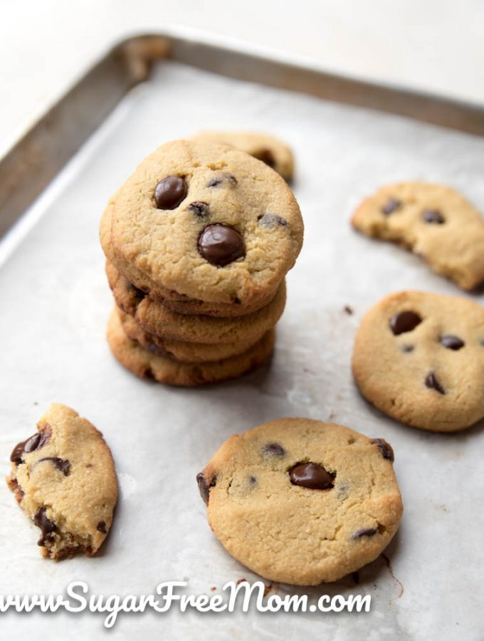 Sugar-Free Low Carb Chocolate Chip Cookies (Keto, Nut Free)