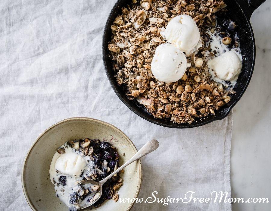 Super Fácil Frigideira Low-Carb Blueberry Crisp 23
